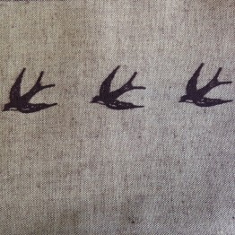 Border Swallows on Linen Look